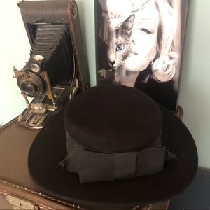 Express Black Wool Hat :